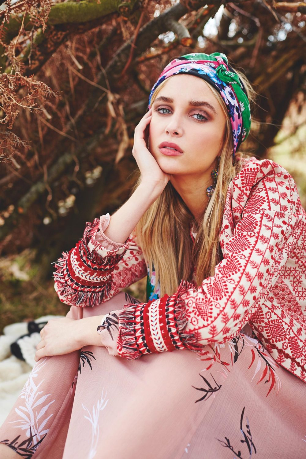 headband and patterned top